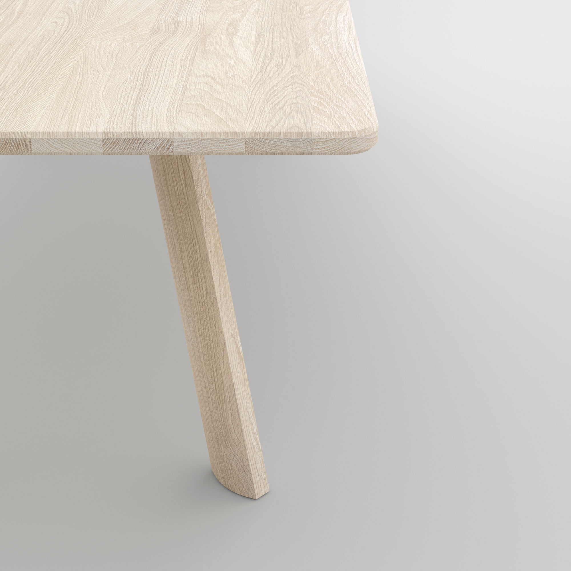 Designer Dining Table LARGUS cam4 custom made in solid wood by vitamin design