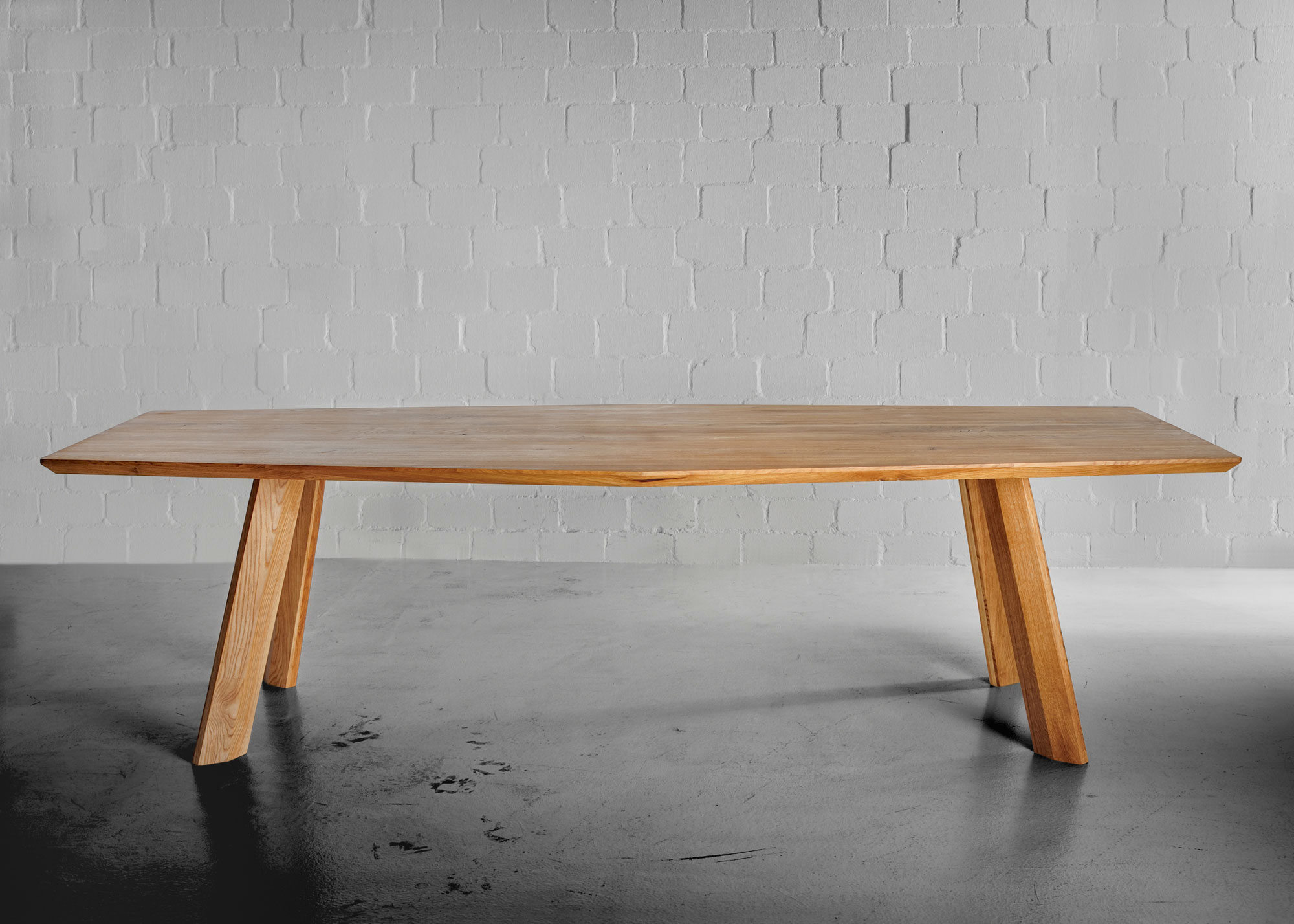 Designer Dining Table RHOMBI 4431 custom made in solid wood by vitamin design