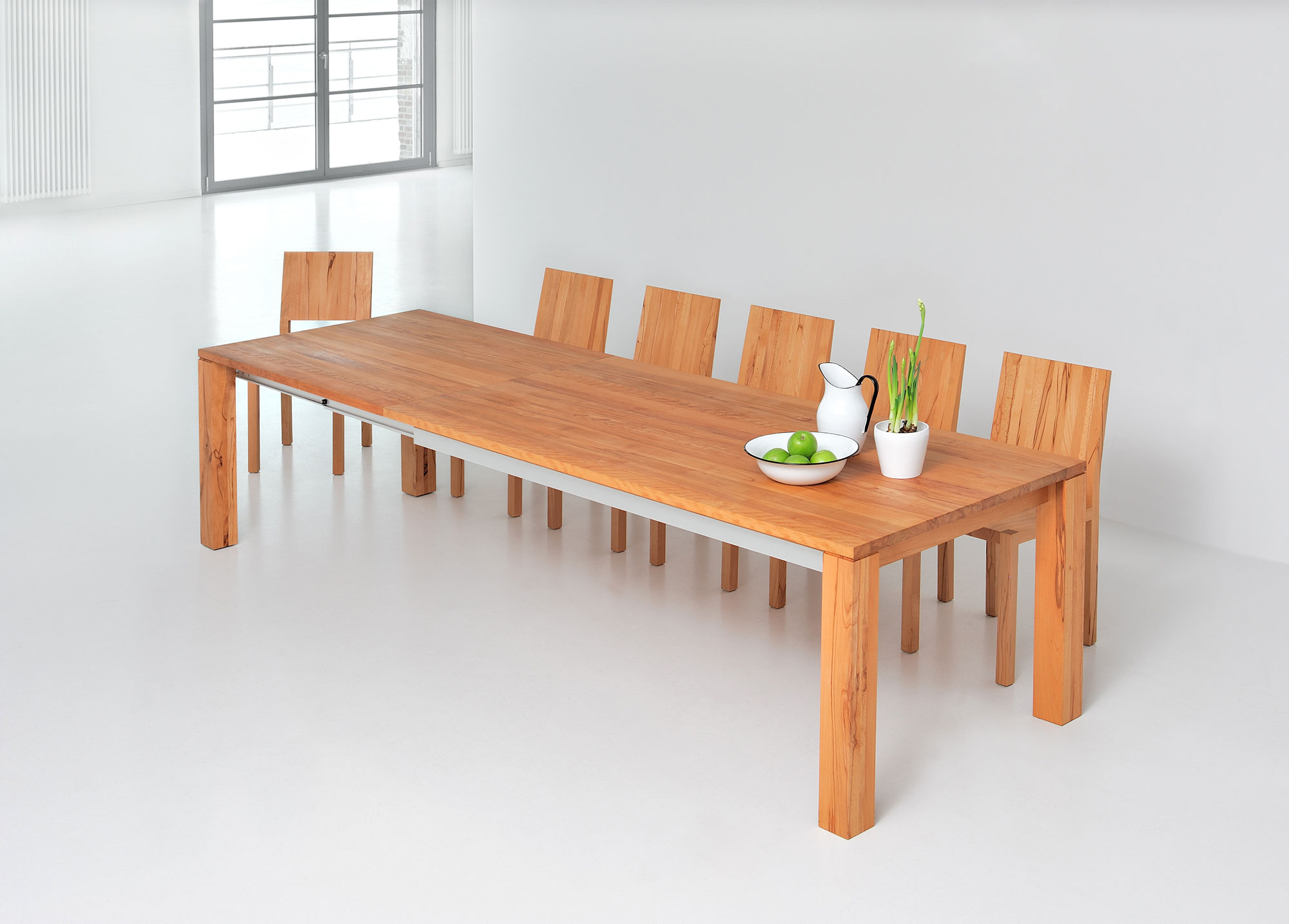 Extendable Dining Table AMBER BUTTERFLY A32731Postk custom made in solid wood by vitamin design